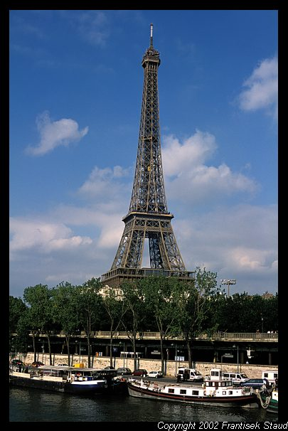 paris-eiffel-tower-02.3